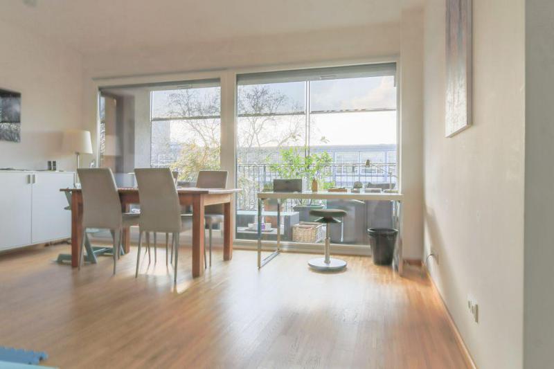 haus und wohnung markus l hr wohnraum perspektive 1 haus und wohnung markus l hr. Black Bedroom Furniture Sets. Home Design Ideas