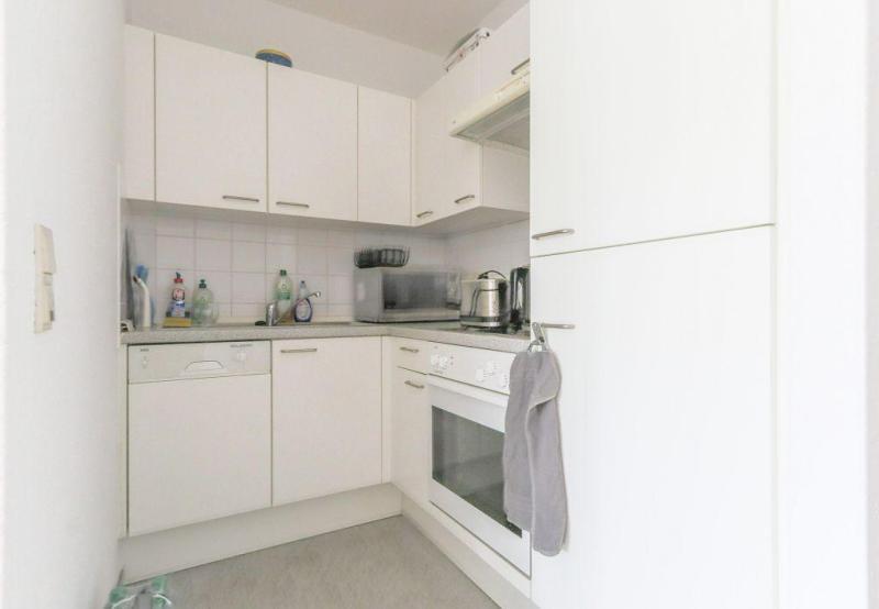 Clever Geschnittene Singelwohnung Zentral Und Dennoch Ruhig Gelegen Einbaukuche Inklusive Haus Und Wohnung Markus Lohr