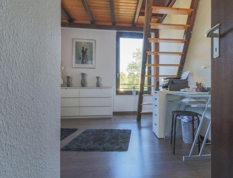 haus und wohnung markus l hr sch n hell und grossz gig geschnitten haus und wohnung markus. Black Bedroom Furniture Sets. Home Design Ideas